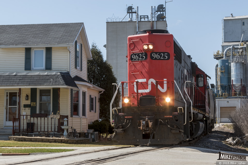 Railroad Photos By Mike Yuhas  Chilton  Wisconsin  4  12  2015